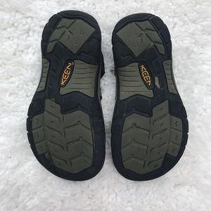 Keen Shoes - Keen Sandals Youth Size (2)